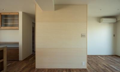椅子にもなる小上がりのある家:『杉田のリノベーションB』