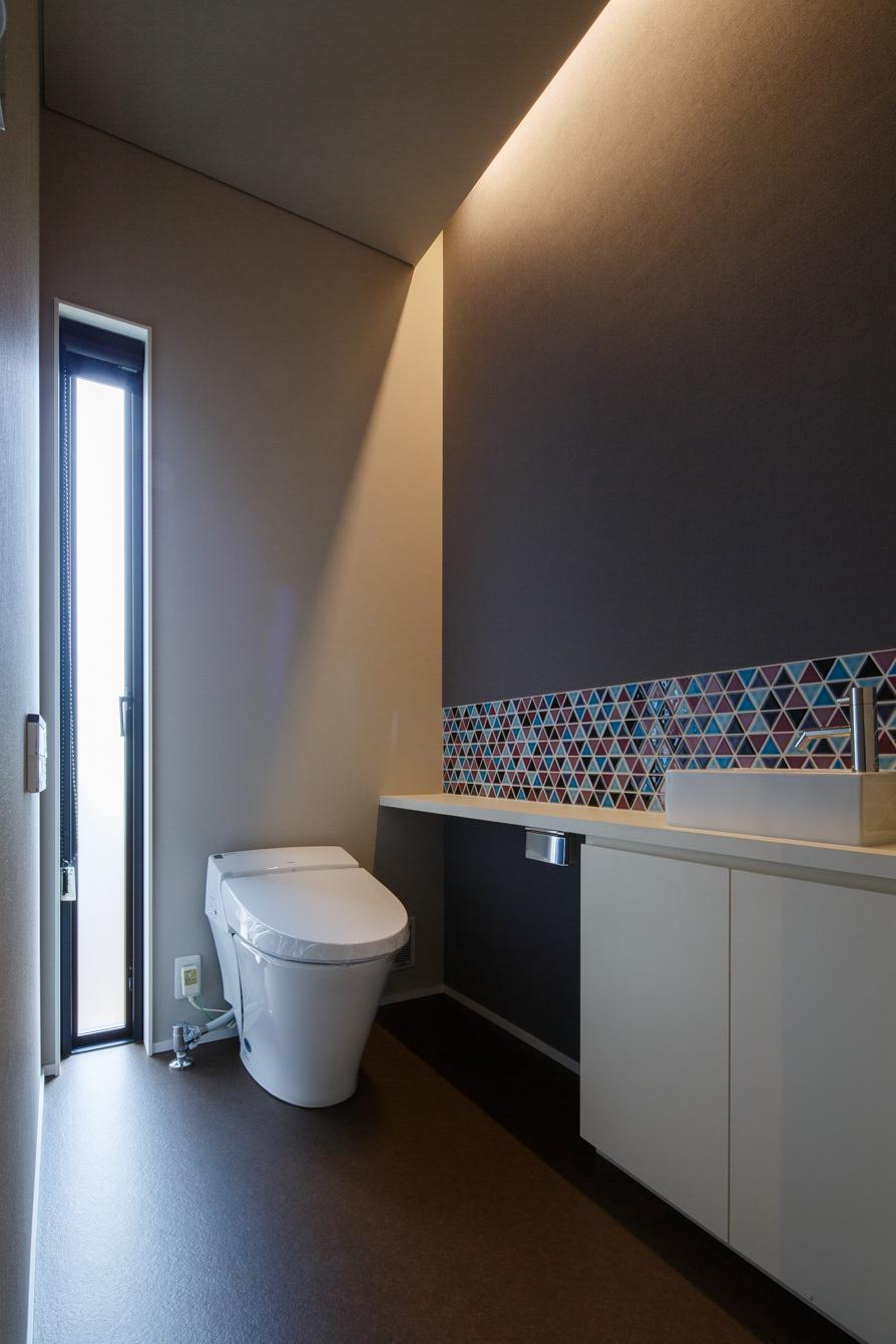 TAKINAI HOUSE-Eの写真 シンプルなトイレ