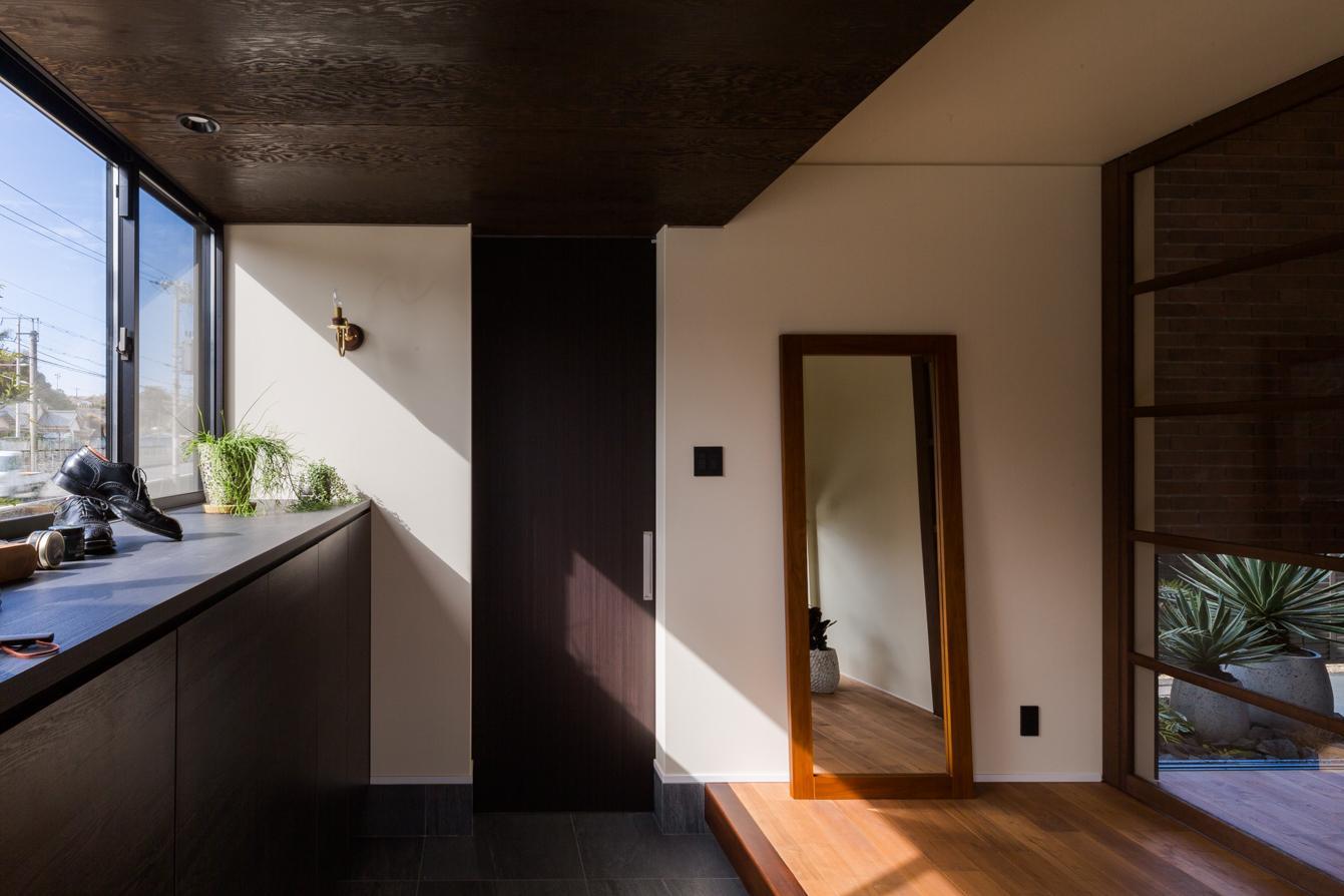 上富田町平屋の家 H邸の部屋 上り框のある玄関