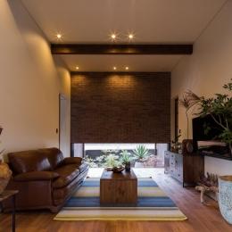 上富田町平屋の家 H邸-落ち着きのあるリビング