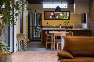 上富田町平屋の家 H邸 (スッキリとまとまりのあるキッチン空間)