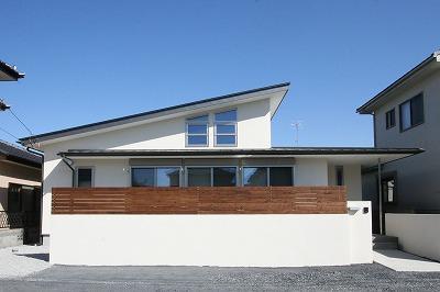 赤坂町の平屋~平屋を活かした高天井のある住まい (外観)