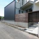 関口岳志の住宅事例「あきる野の小さな家~狭小地に佇む住宅の豊かな内部空間」