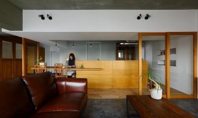 都市部でも、外を感じることのできるマンションリノベ(中京区マンションリノベーション) (キッチン)