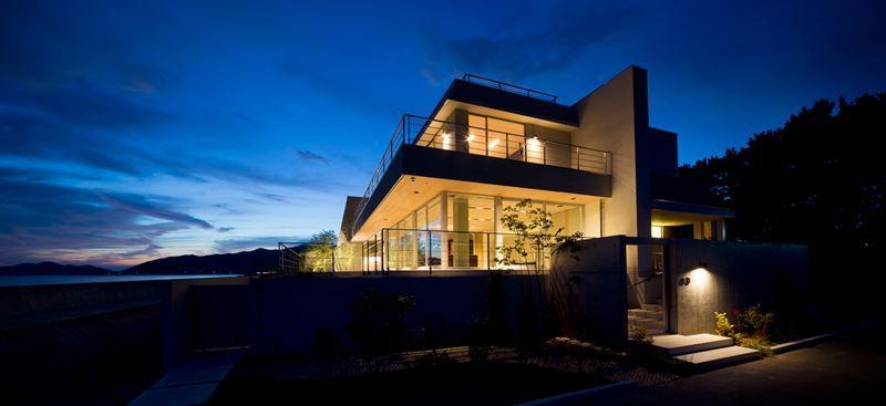 建築家:スタジオパートスリー「煙樹の家・K邸」