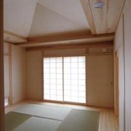 伊豆高原の家=静岡県 音楽ホールのような家 (落ち着く和室)
