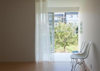 home HR (明るい日差しのある洋室 1)