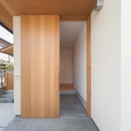 H邸 RE16 (引き戸の玄関)