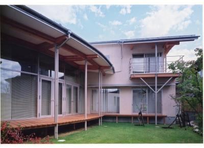 雁木のある家 (中庭)