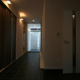 光の箱~水辺の行灯~ (玄関ホール・廊下)