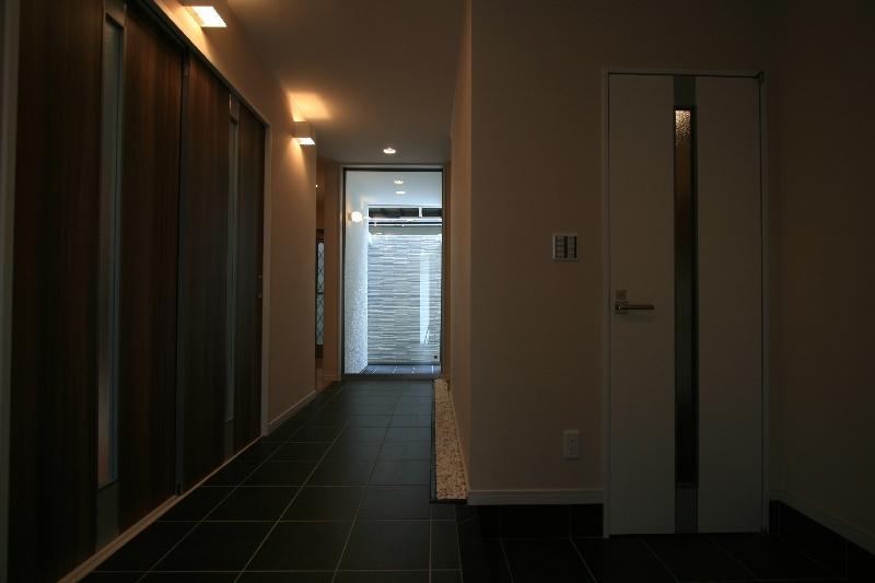 光の箱~水辺の行灯~の部屋 玄関ホール・廊下