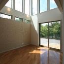 アトリエ・キューブ建築設計の住宅事例「光の箱~水辺の行灯~」