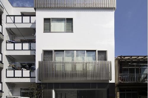 大阪城を望む都市型住宅 (ファサード)