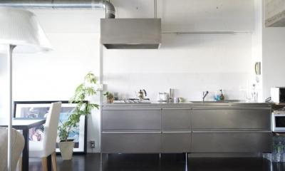 """S.L. —""""空間に置きたいもの""""を起点につくる部屋 (キッチン)"""