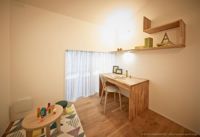 シンプルな子供部屋 (saisou house)