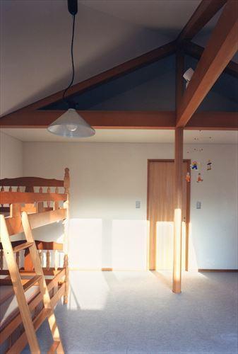 ローコストなデザイン住宅の写真 シンプルな子供部屋