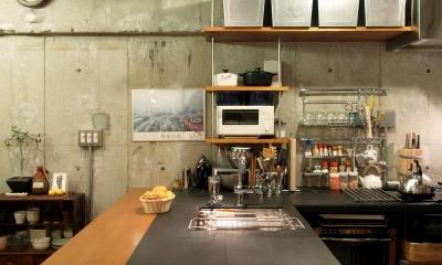 RIKUBUNー畳を生活の中心にしたリノベーション (キッチン)