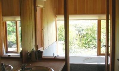 高根の舎Ⅰ (木を感じる浴室)