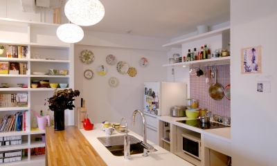 Glisse—個性的な家具に合わせた自分らしい空間 (キッチン)