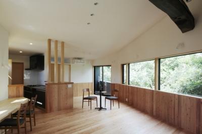 森に浮かぶ家 (LDK4)