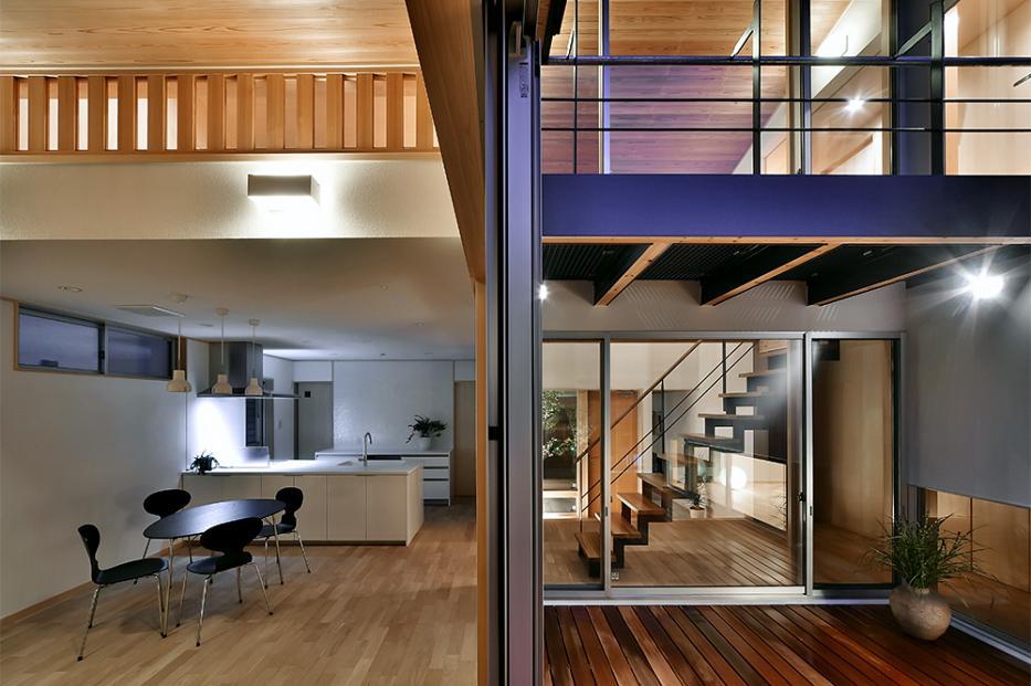 MJ2-house
