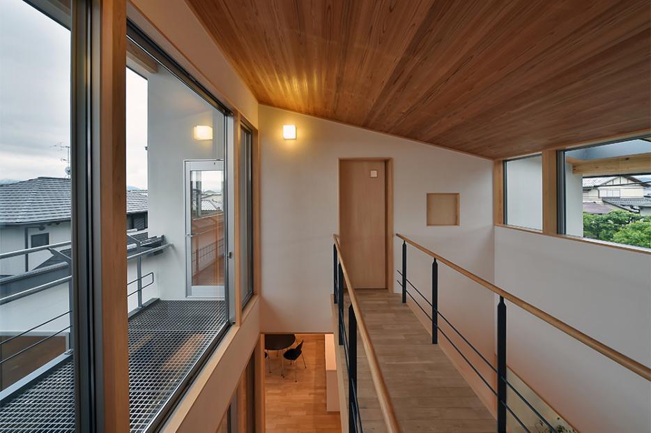 MJ2-house (渡り廊下)