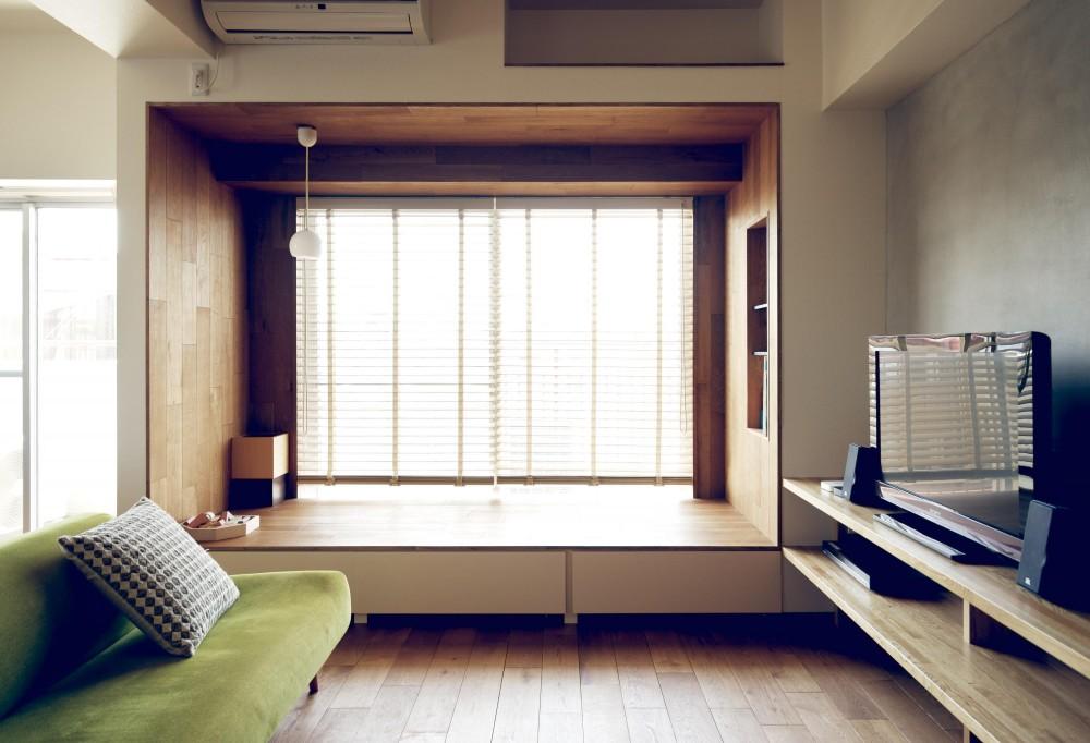『御器所のマンション K邸』 〜小上がりを使った居場所づくり〜 (リビングルーム)