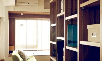 『御器所のマンション K邸』 〜小上がりを使った居場所づくり〜 (造作本棚)
