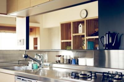 『御器所のマンション K邸』 〜小上がりを使った居場所づくり〜 (キッチン)