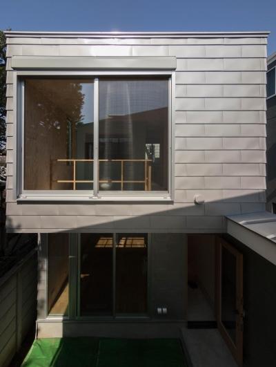 通り庭の家 (北棟中庭側の外壁)