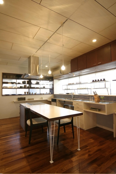 キッチン・ダイニング (『各務原の住宅 G邸』 〜木造戸建てリノベーション〜)