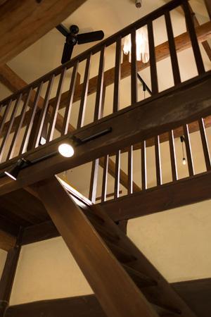 古民家改修プロジェクトの部屋 階段