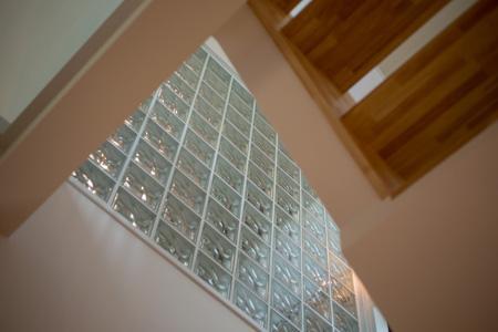 土間のある家の部屋 ガラスブロック