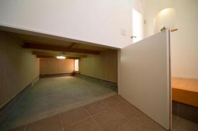 床下収納 (Casa Bonita(かわいい家))
