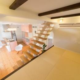 琉球畳を敷き詰めたロフト (Casa Bonita(かわいい家))
