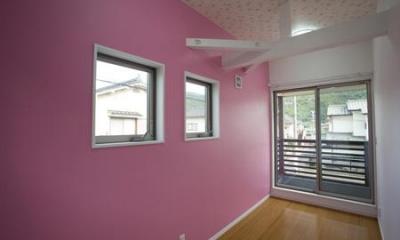 Casa Bonita(かわいい家) (ピンクの壁でポップな洋室)