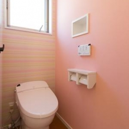 Casa Bonita(かわいい家) (ピンク色のトイレ)