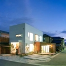 cross road HOUSEの写真 外観 (夕景)