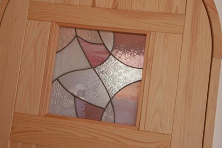 cross road HOUSEの部屋 ステンドガラスをはめ込んだドア