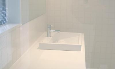 洗面・バスルーム|ミニマルバスルーム|木造住宅2階の洗面浴室のリフォーム|