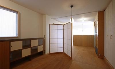 上階ベッドルーム・書斎コーナー|高円寺のリノベーション