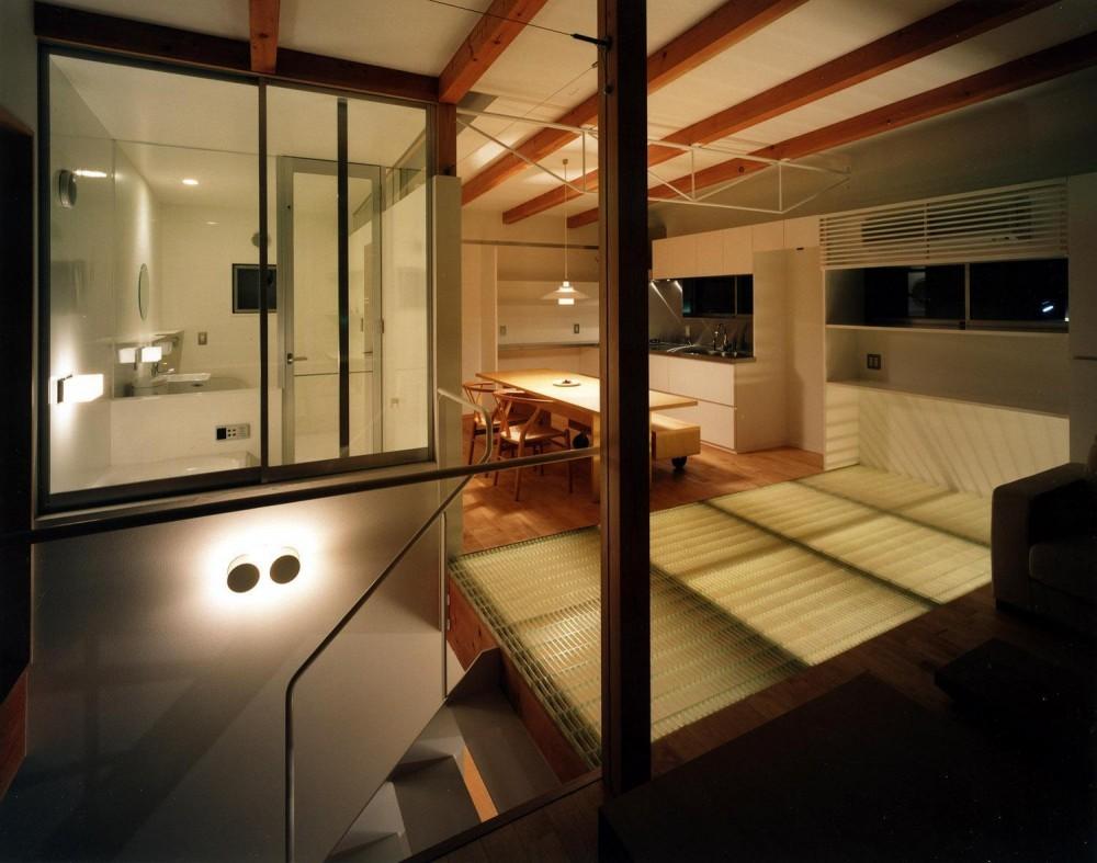28坪の大きな家 (書斎から見たダイニングキッチン)