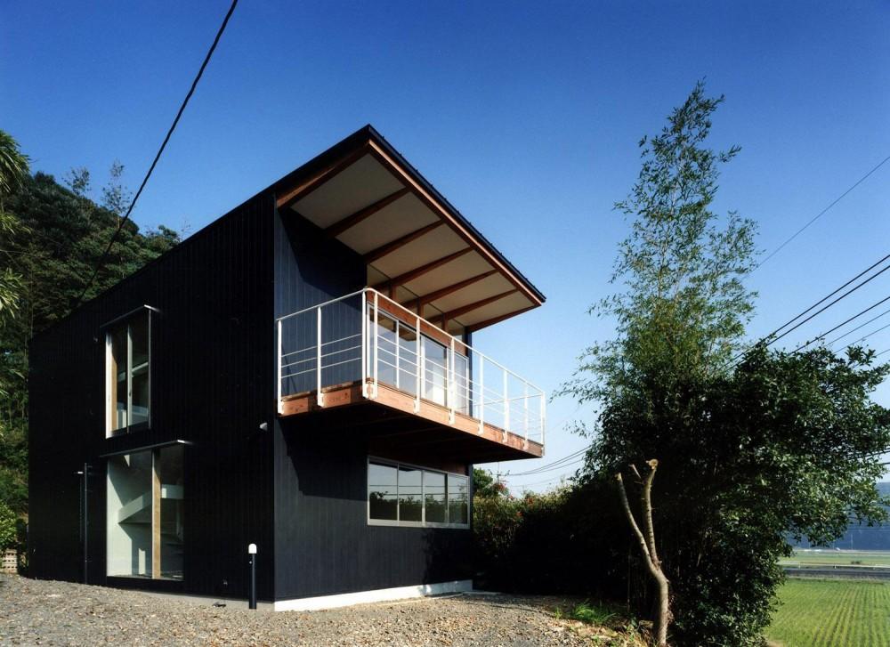 外観 (28坪の大きな家)
