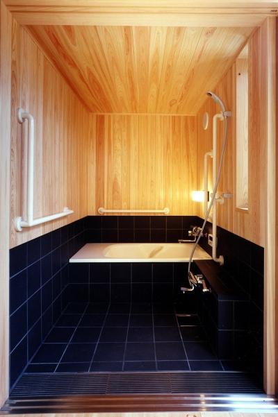 浴室 (木造スケルトンの家)