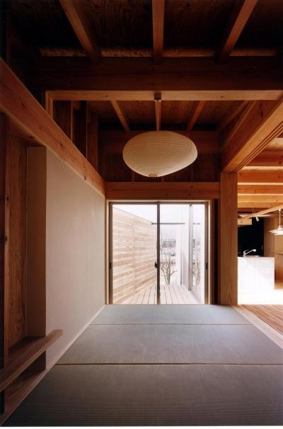 和室 (木造スケルトンの家)