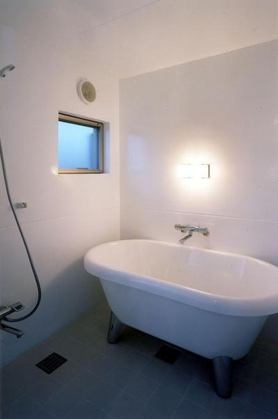 浴室 (ガレージの家)