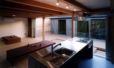 ガレージの家 (キッチン~ガレージ)