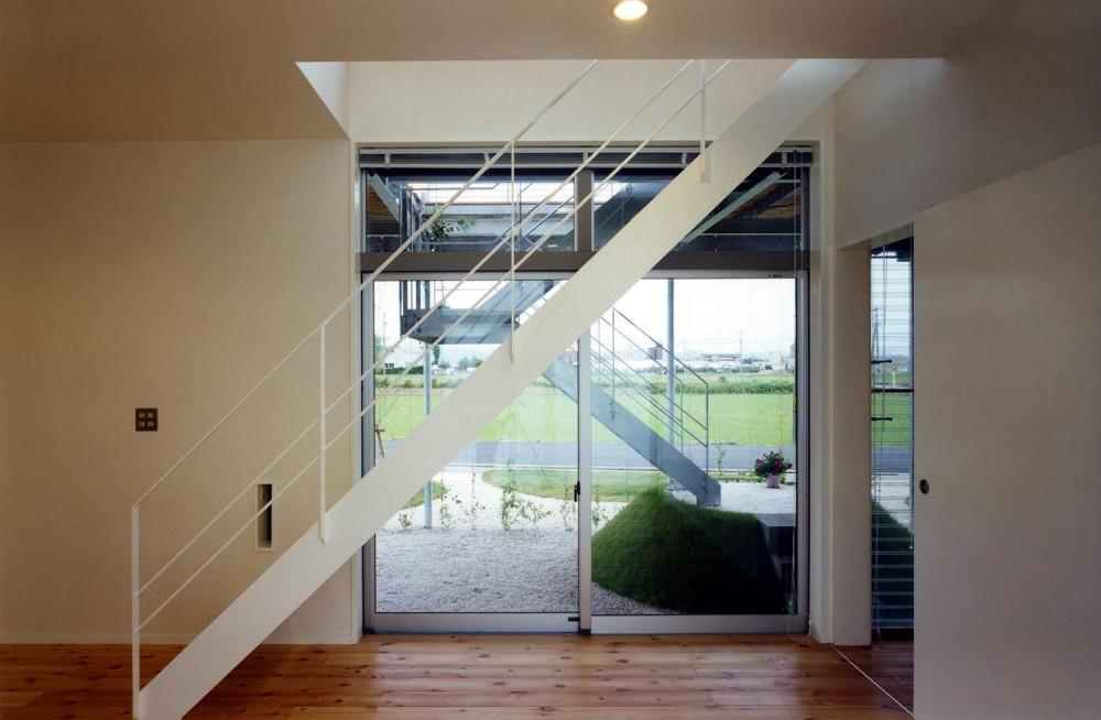 デッキテラスの家 (階段)