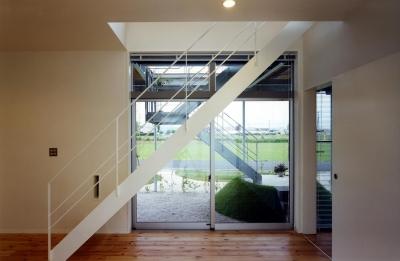 階段 (デッキテラスの家)