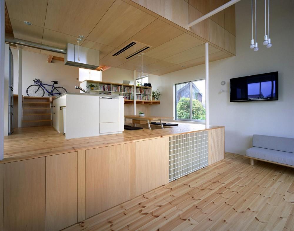 床段差の家 (LDK)